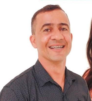 Higo Moura é eleito novo prefeito de Teofilândia com 7.172 votos
