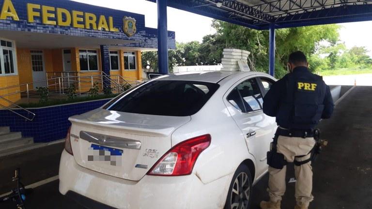 PRF encontra 15 kg de cocaína escondida em airbag de carro na BR-116