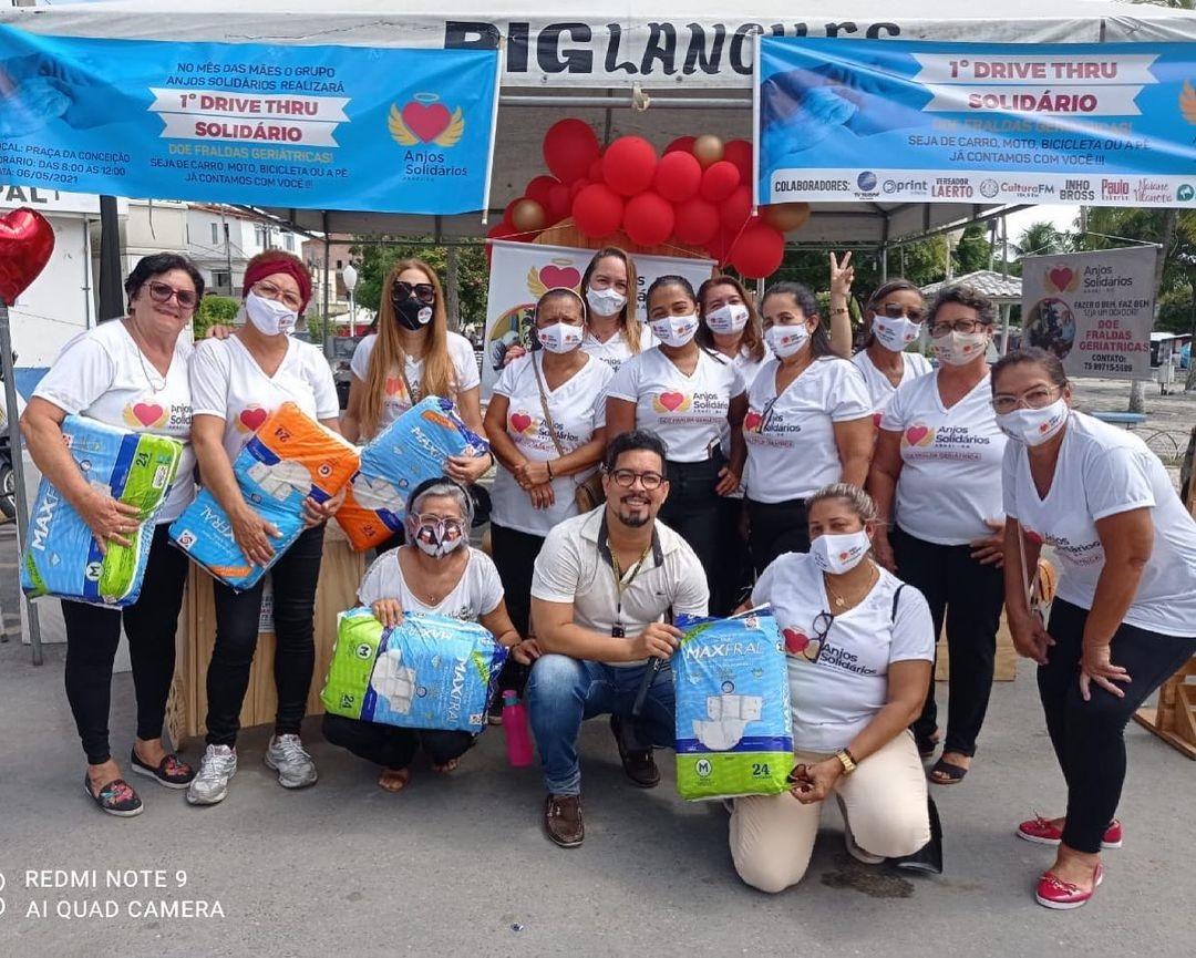 Anjos Solidários: Madrinhas do projeto comemoram sucesso de arrecadação em drive thru